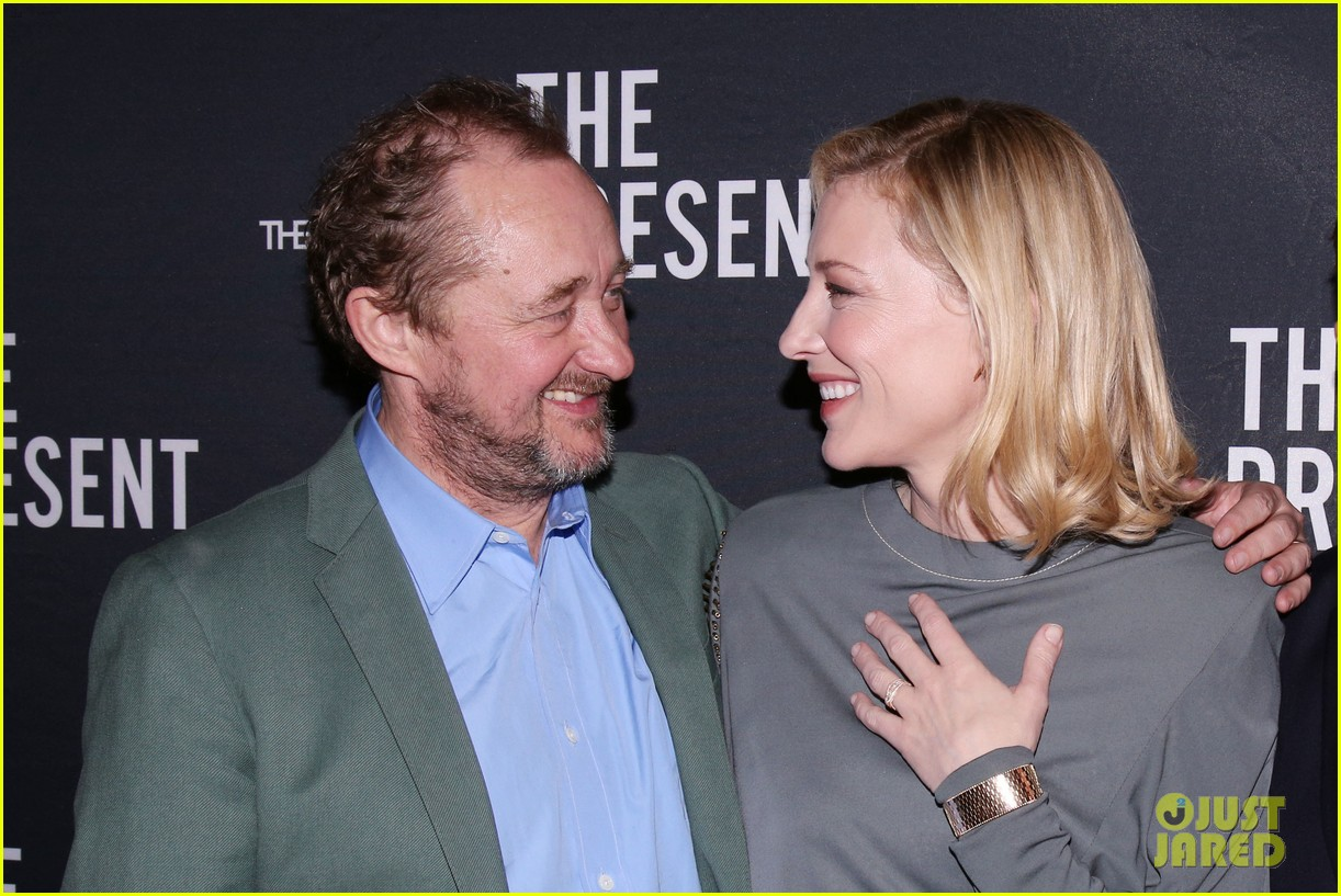 cate blanchett makes broadway debut with the present 123840184