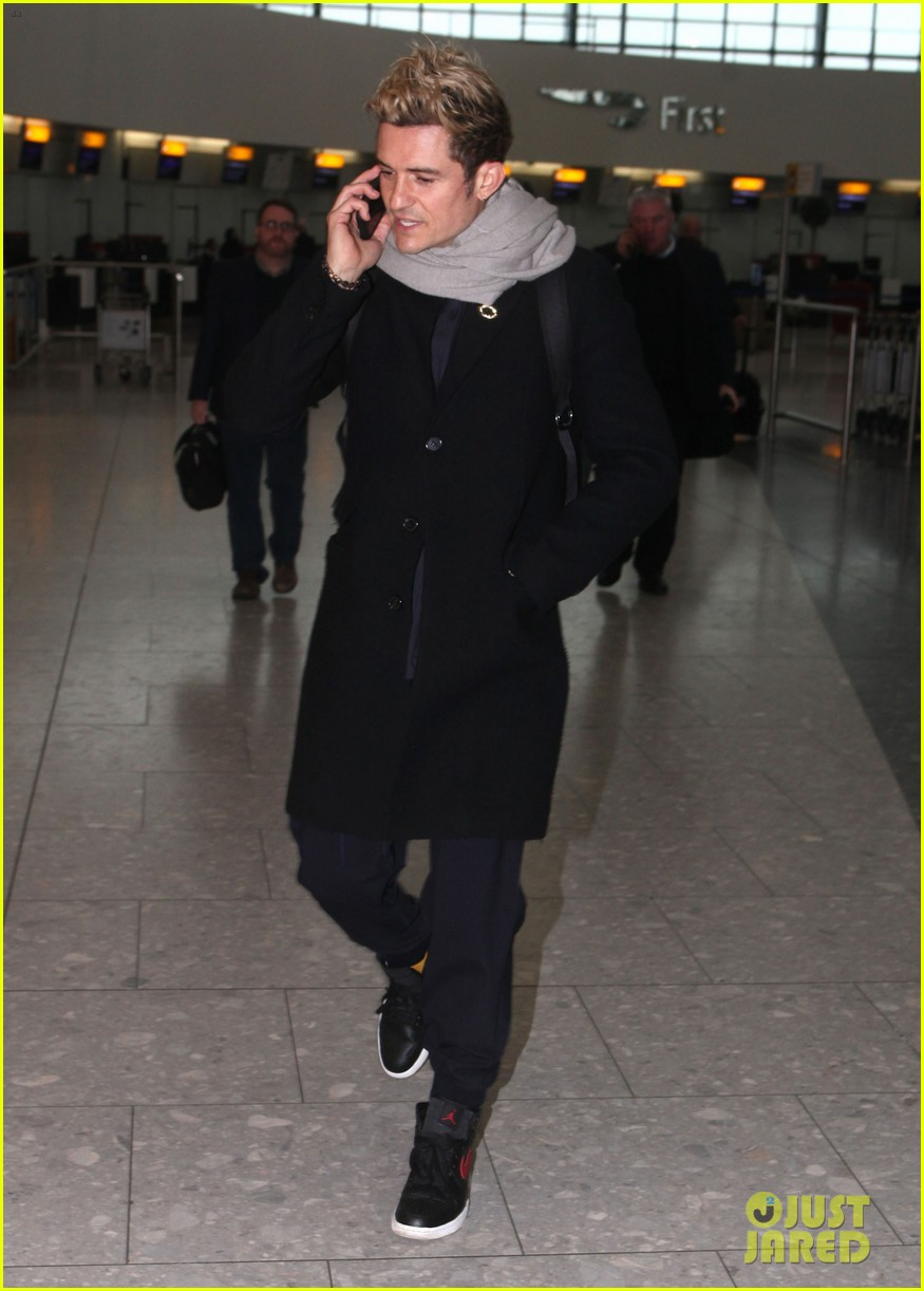 orlando bloom jets to london for bbc the one show appearance 063850205