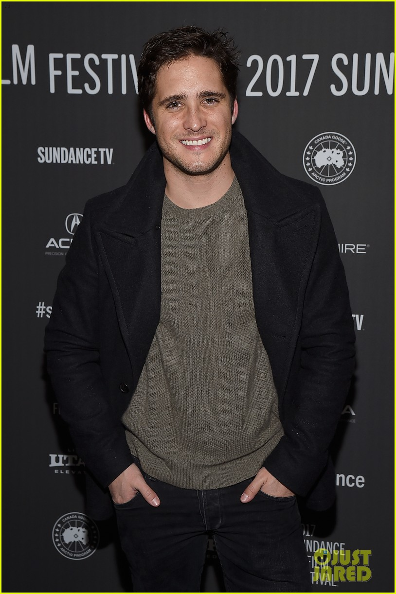 diego boneta supports lemon cast at sundance film fest 023846511
