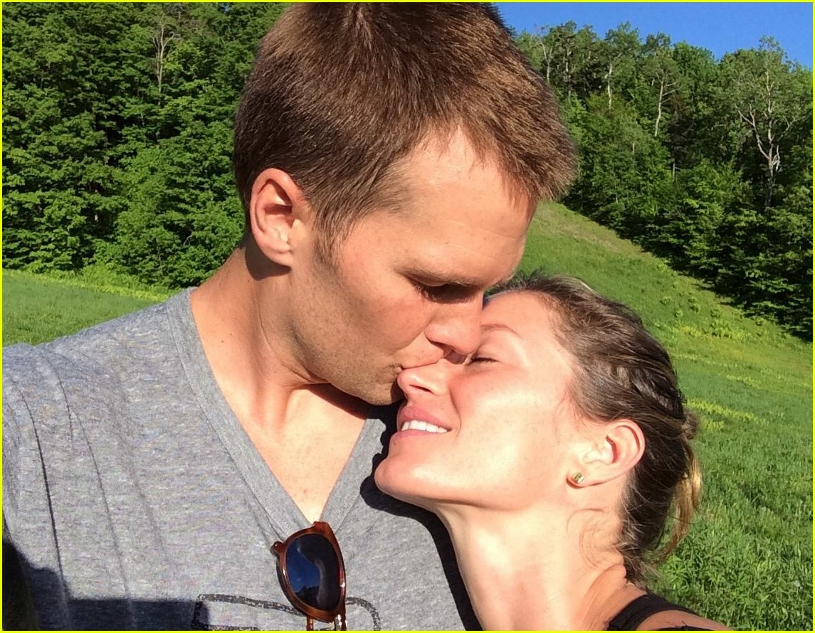 Tom Brady's Wife & Kids Gave Him Very Different Advice for Super
