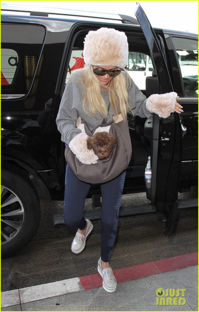 kristin chenoweth opens up about being adopted in emotional essay 063842745