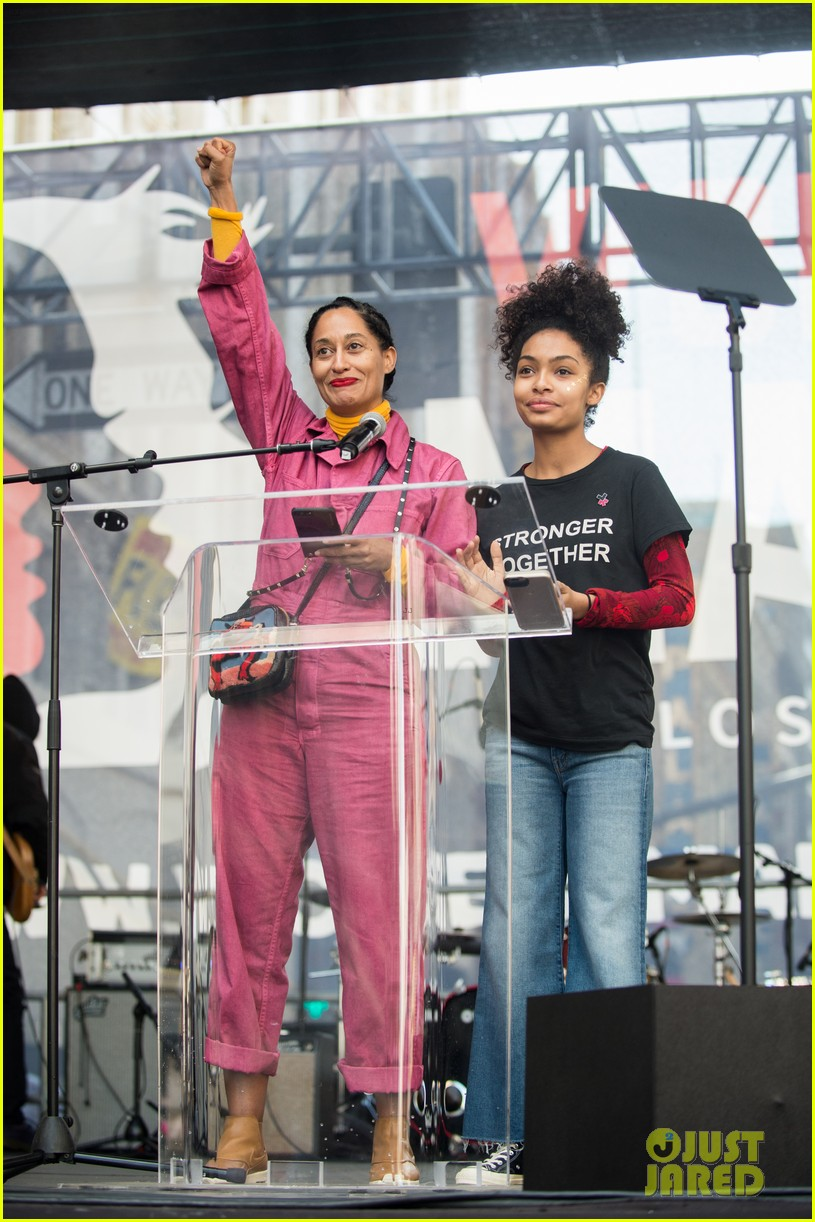 miley cyrus gina rodriguez and barbra streisand stand together at womens march 033845855