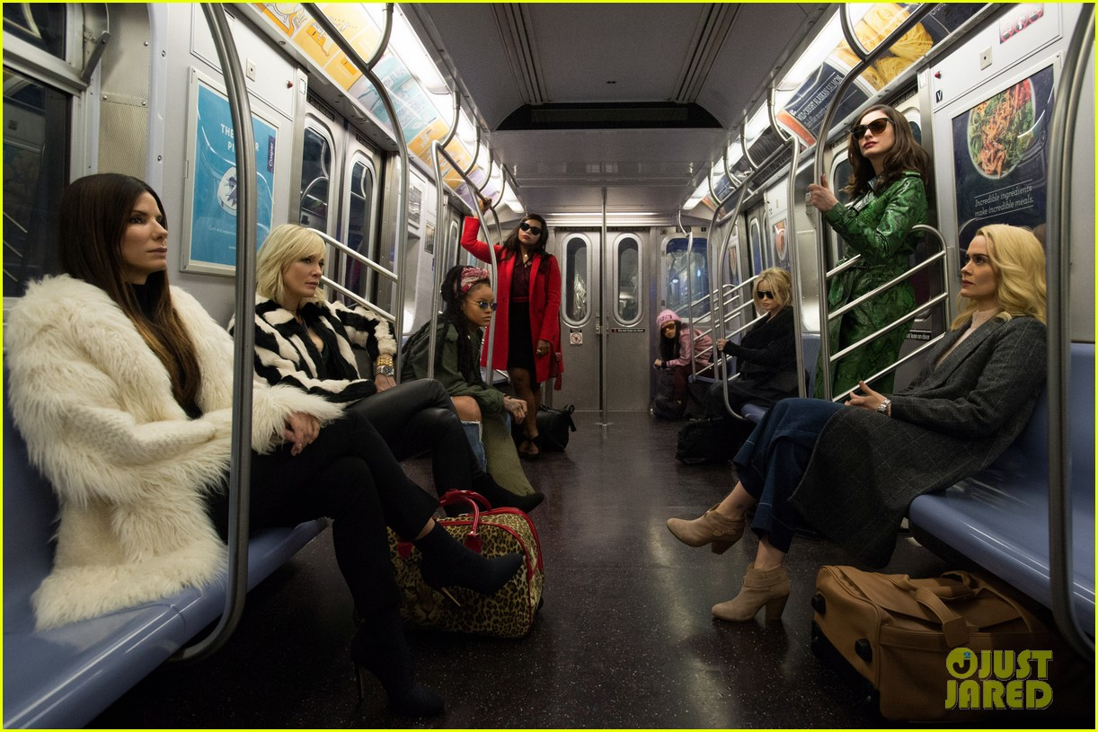 first oceans eight photo cast riding the subway 033850218