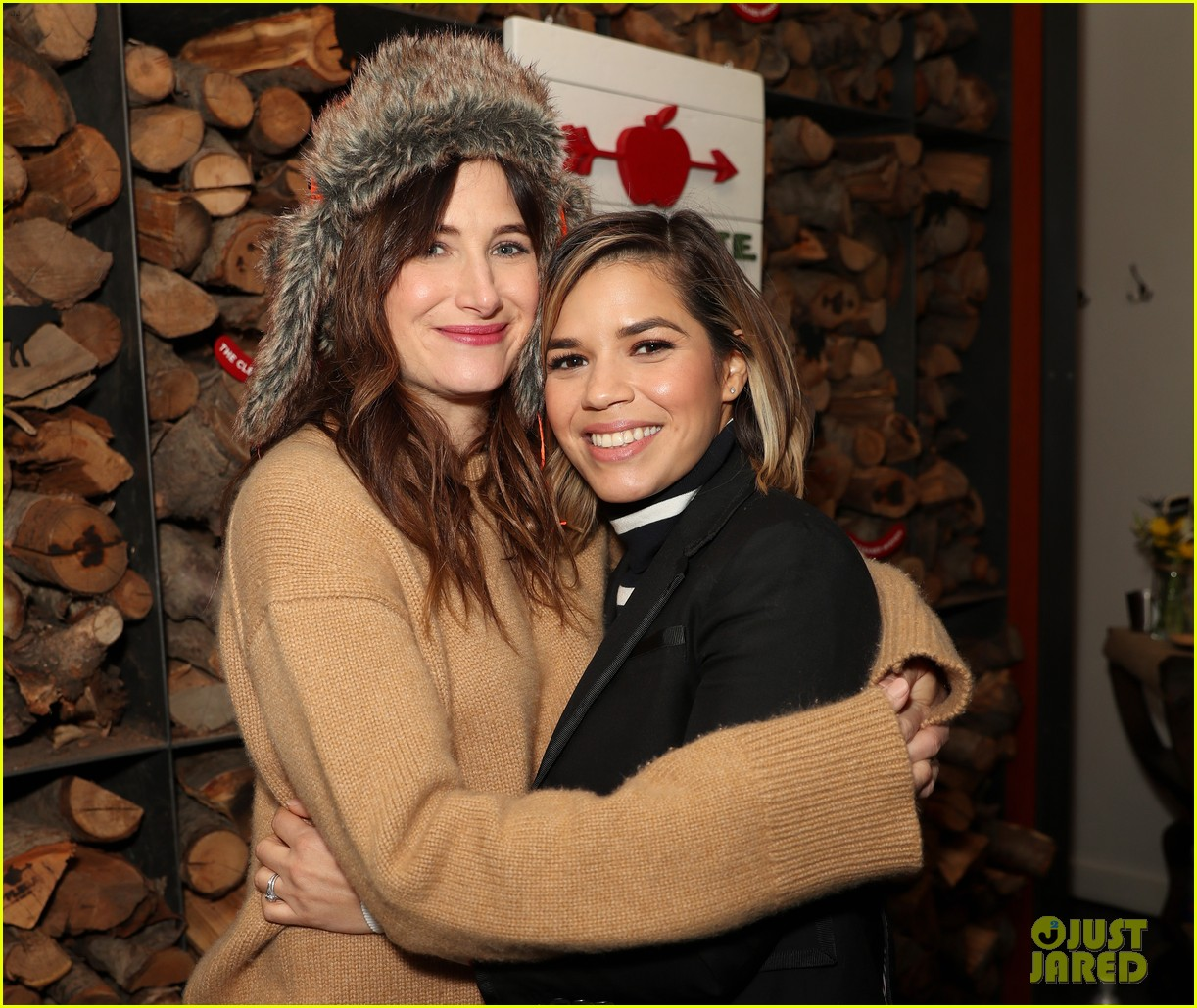 america ferrera is welling up with pride at gentified premiere2 033846908