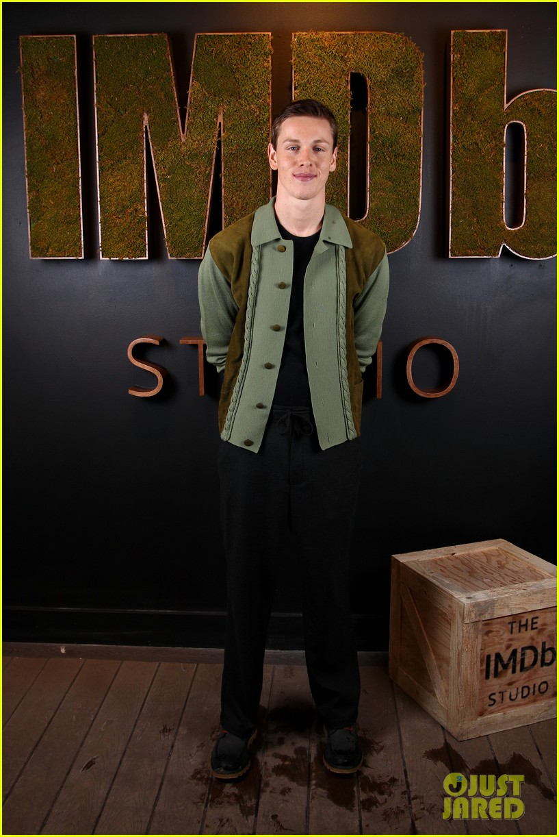 harris dickinson opens up about sexuality at beach rats premiere 113846928