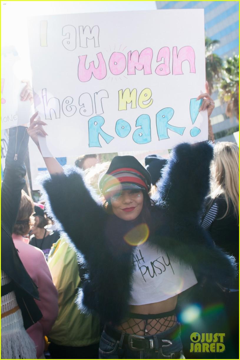 kristen stewart vanessa hudgens join the march for women 023846162