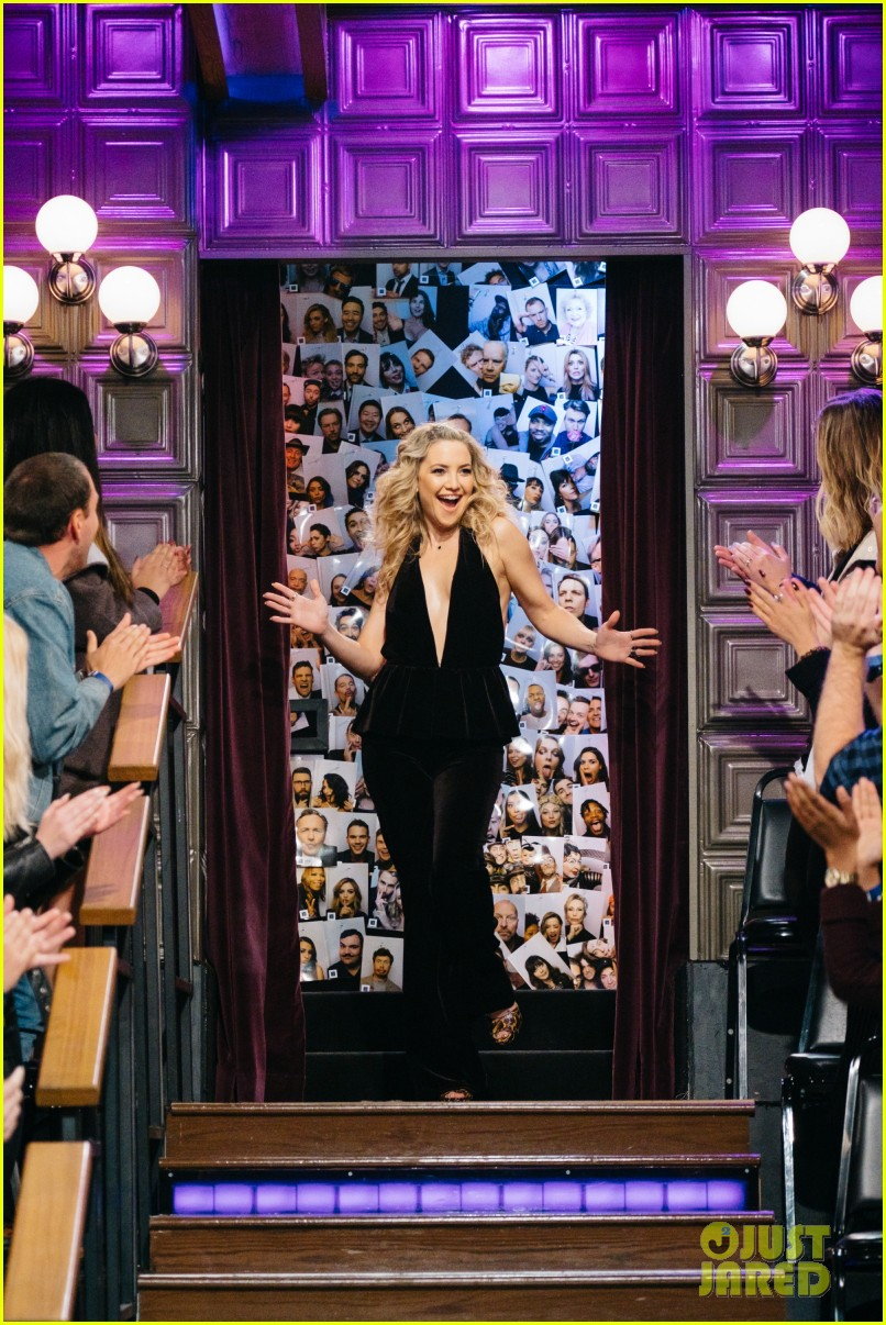 kate hudson james corden take dance lessons from kids in toddlerography sketch 033843992
