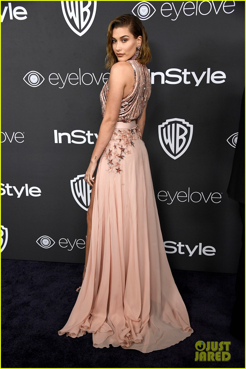 Kendall & Kylie Jenner Show Off A Lot of Leg at Golden Globes 2017 ...