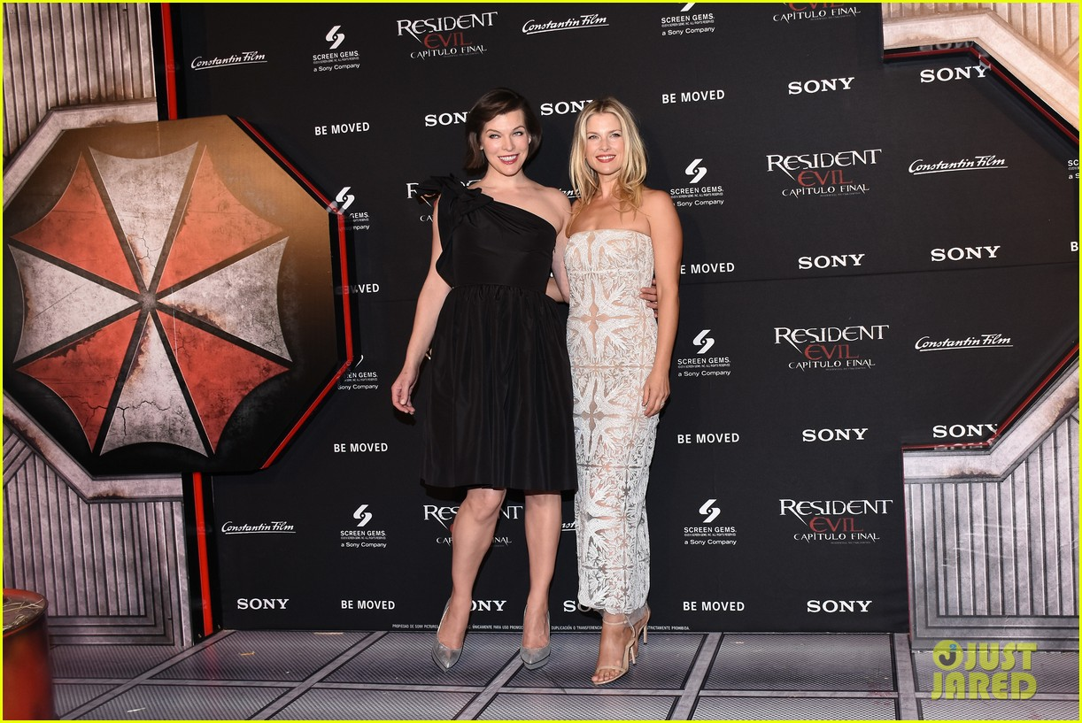 milla jovovich teams up with ali larter william levy for resident evil mexico 053841127
