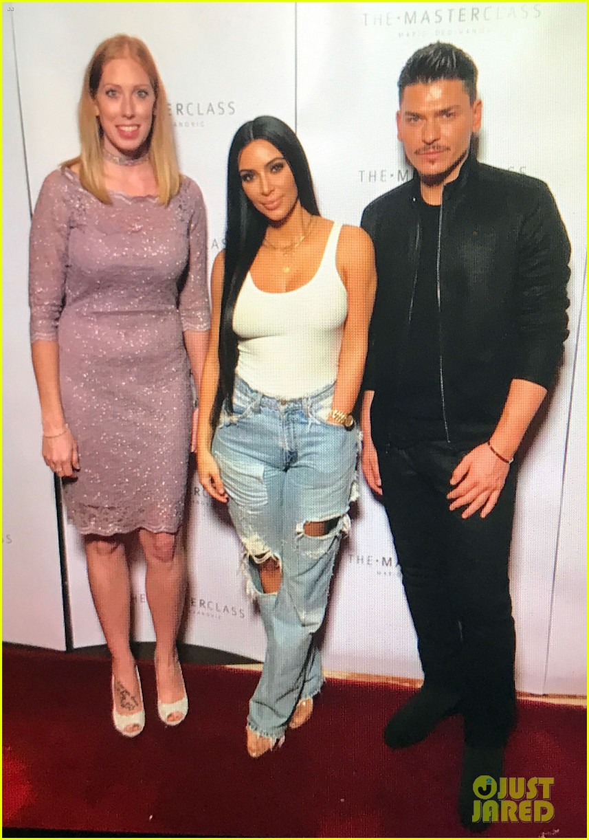 kim kardashian makes first public appearance since robbery 033842274