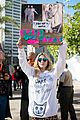kesha dares trump to grab her pussy at womens march 01