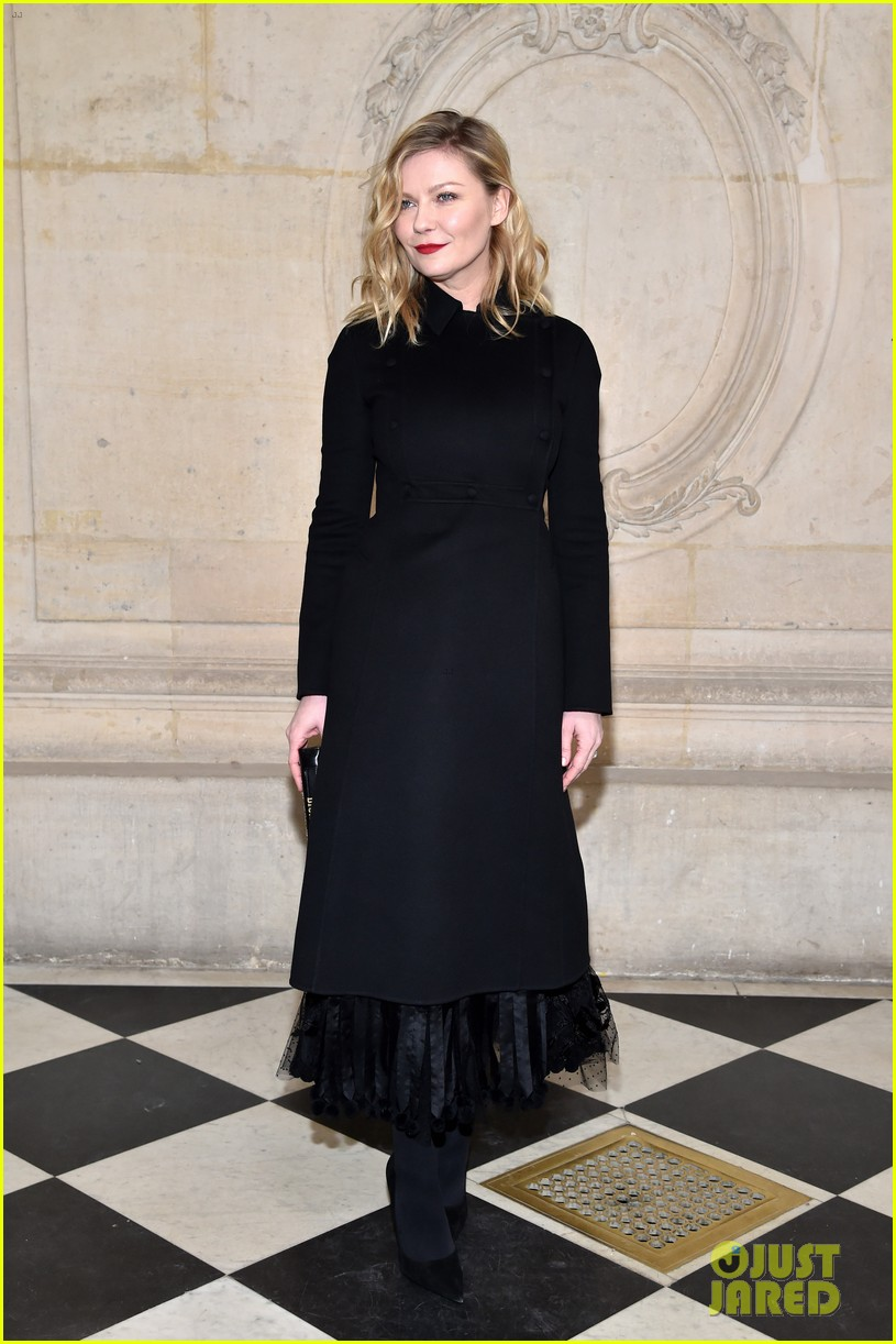 diane kruger kirsten dunst put on their best for dior fashon show 093846611
