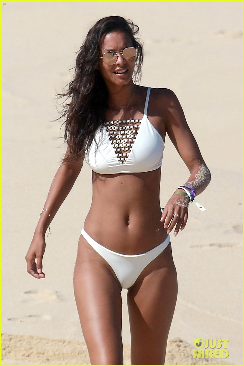 picture Lais ribeiro in a bikini 7 photos
