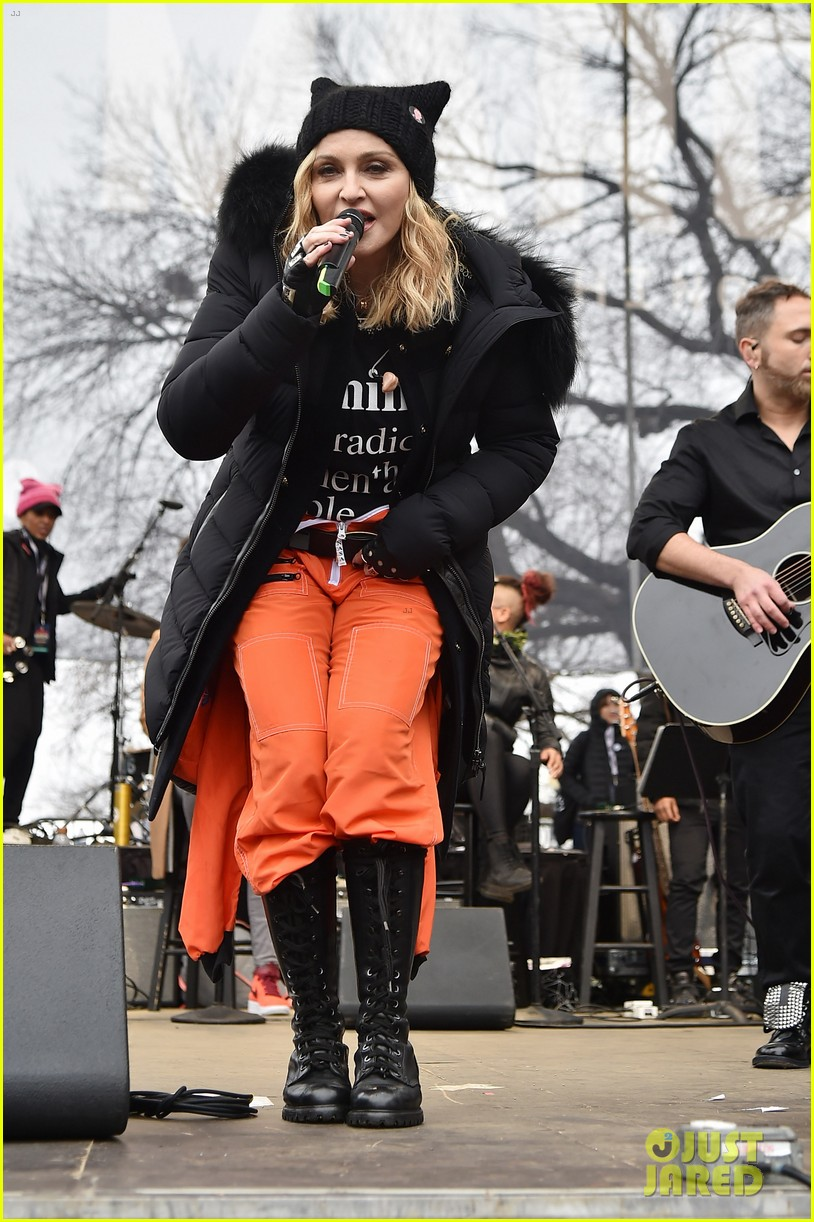 madonna clarifies womens march comments 013846185