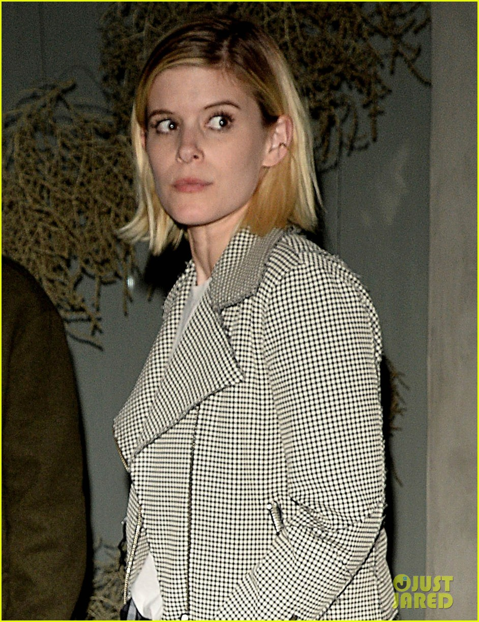 kate mara and jamie bell have adorable afternoon tea date 093850475