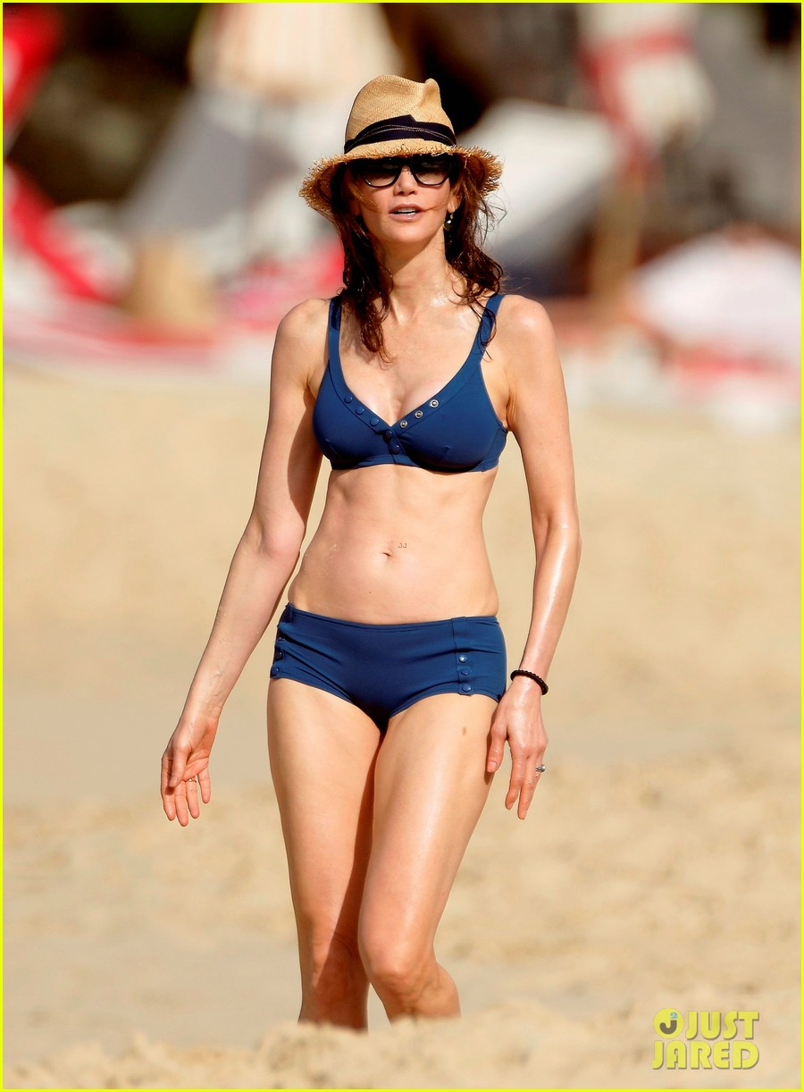 paul mccartney wife nancy shevell shows off fit body at 57 153835137