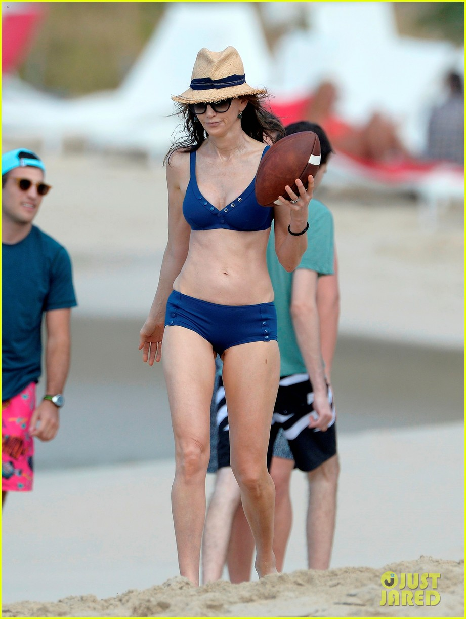 paul mccartney wife nancy shevell shows off fit body at 57 233835145
