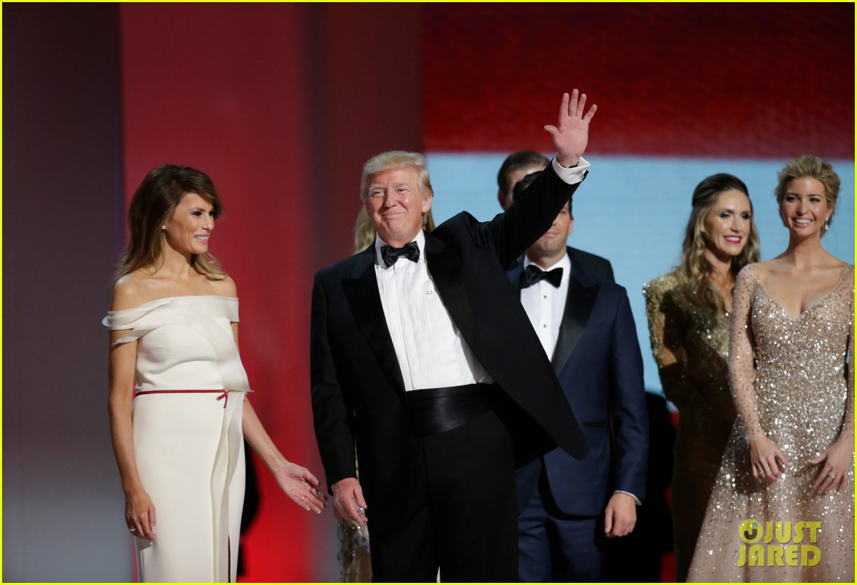 Who Designed Melania Trump\'s Inaugural Ball Gown?: Photo 3845480 ...