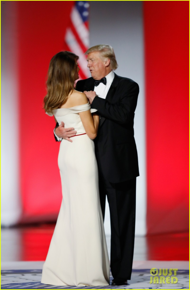 Who Designed Melania Trump\'s Inaugural Ball Gown?: Photo 3845482 ...