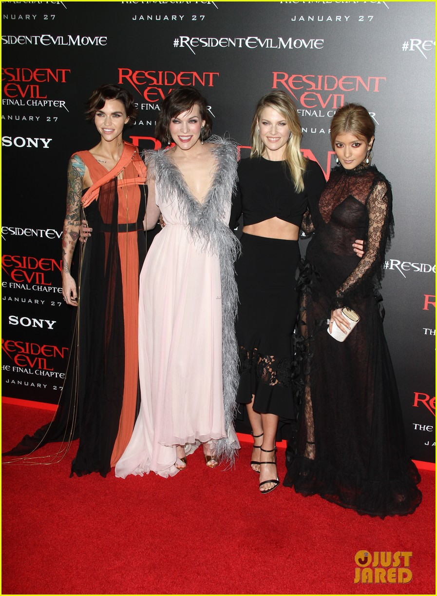 ruby rose joins milla jovovich family at resident evil l a premiere 013846987