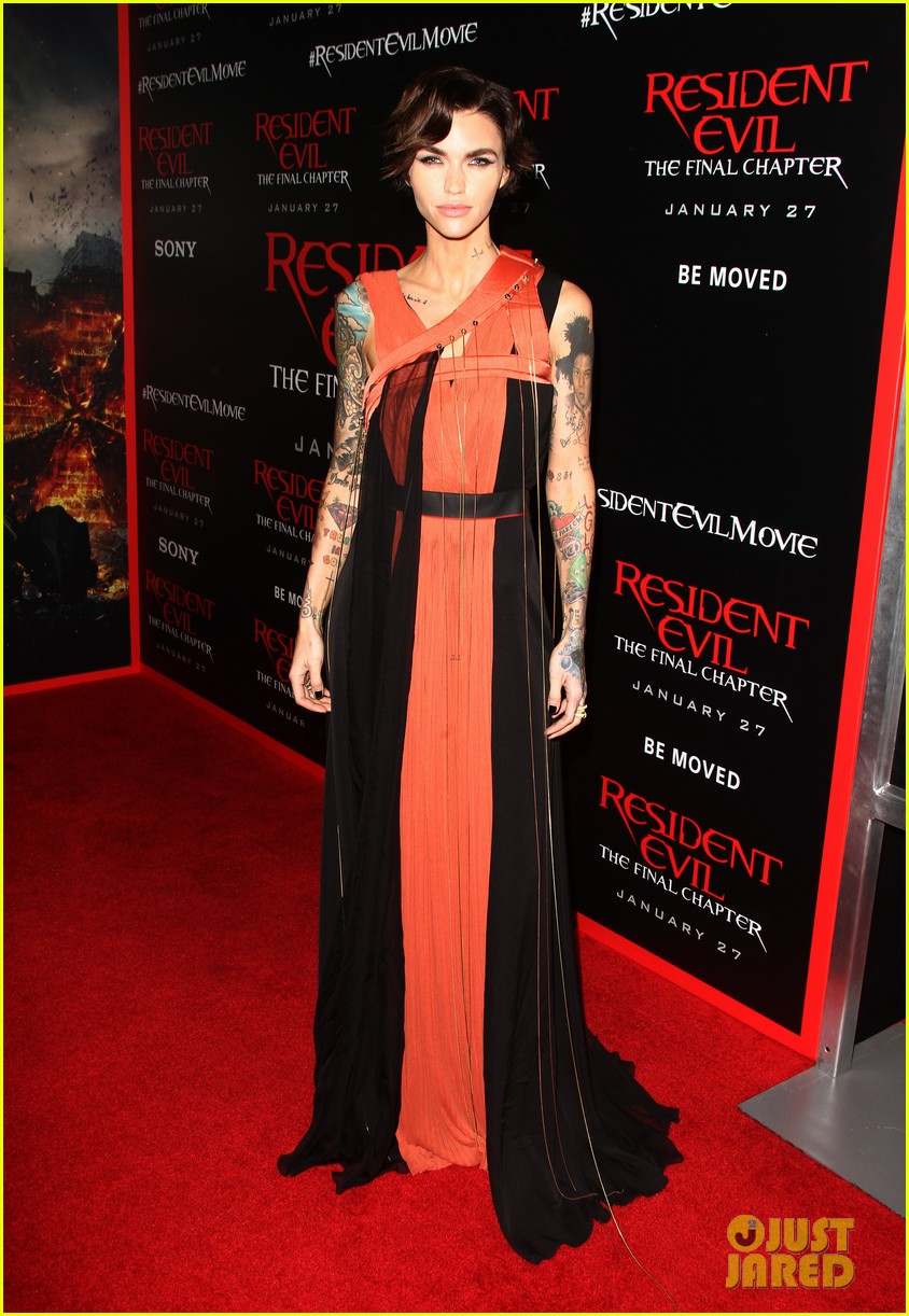 ruby rose joins milla jovovich family at resident evil l a premiere 043846990