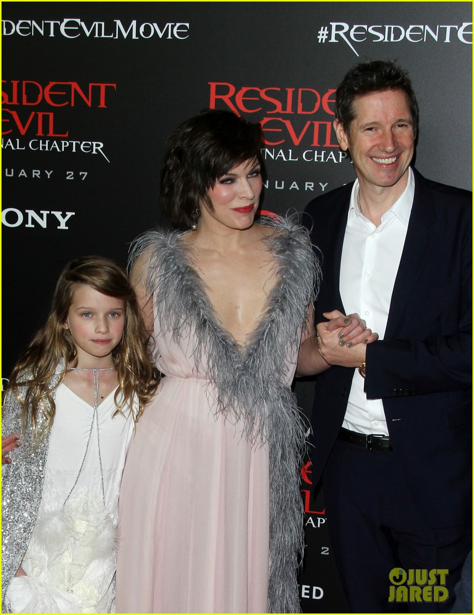 ruby rose joins milla jovovich family at resident evil l a premiere 073846993