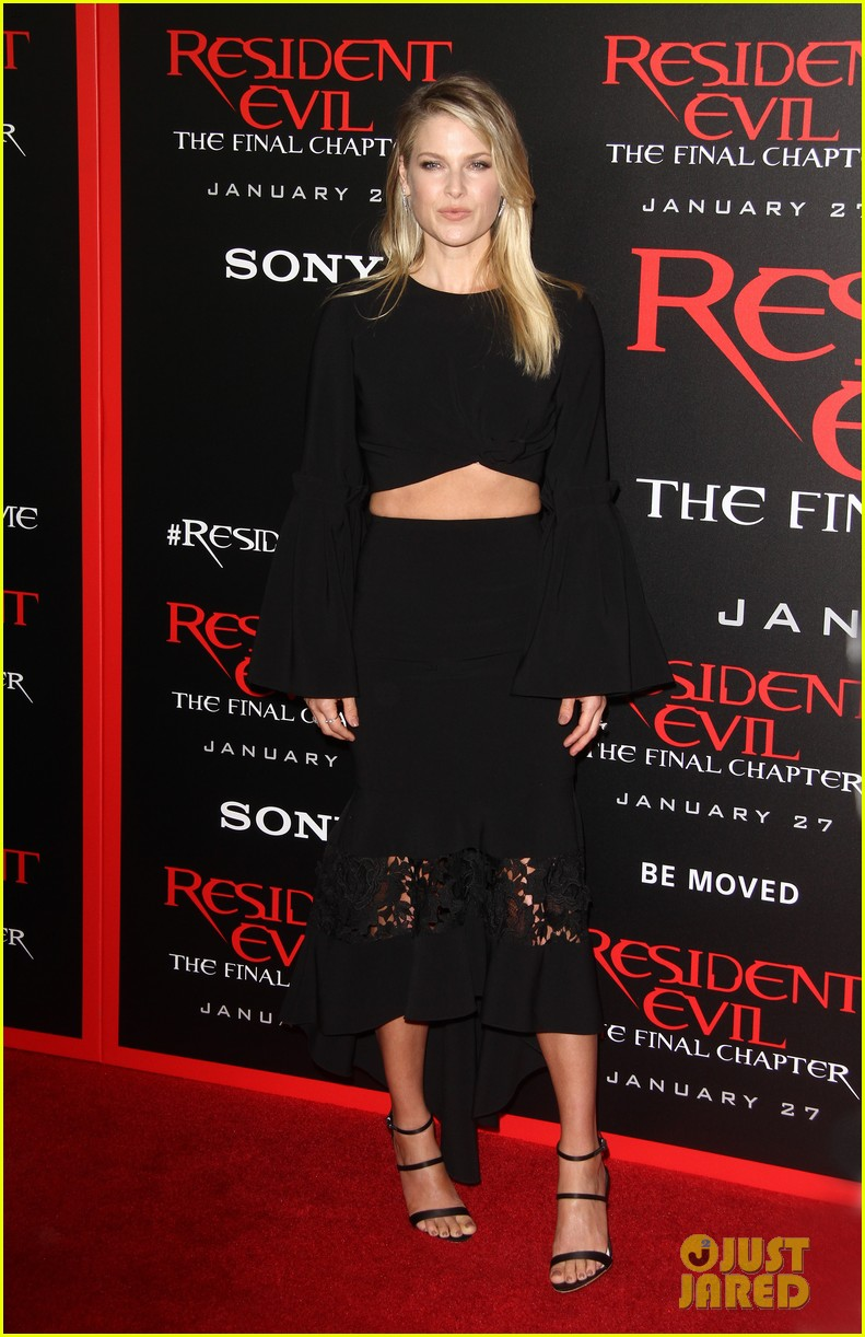 ruby rose joins milla jovovich family at resident evil l a premiere 273847013