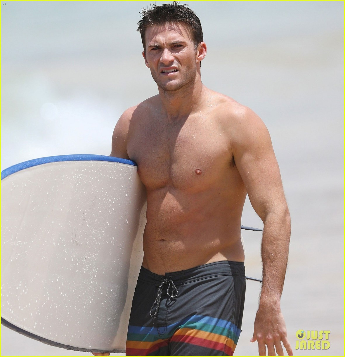 scott eastwood shirtless surfing bondi beach 023841818