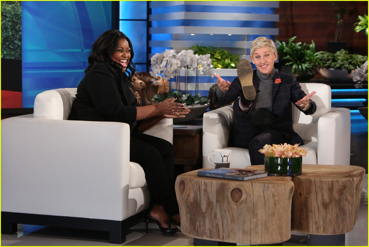 octavia spencer went commando at the globes 043841002