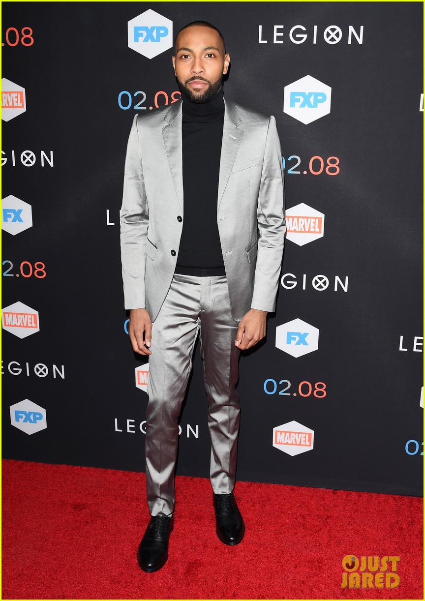 dan stevens brings wife susie hariet to legion premiere 023848505