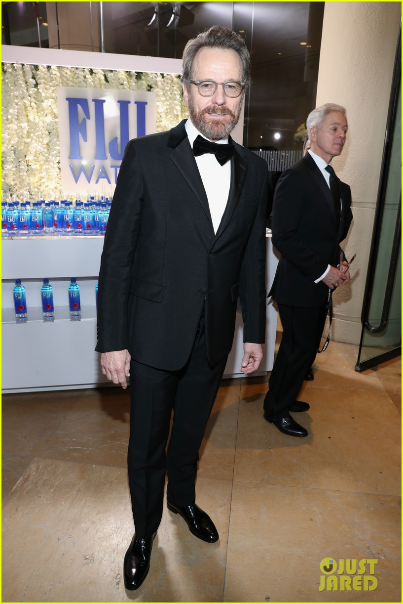 billy bob thornton and hugh laurie win big for tv performances at golden globes 093839277