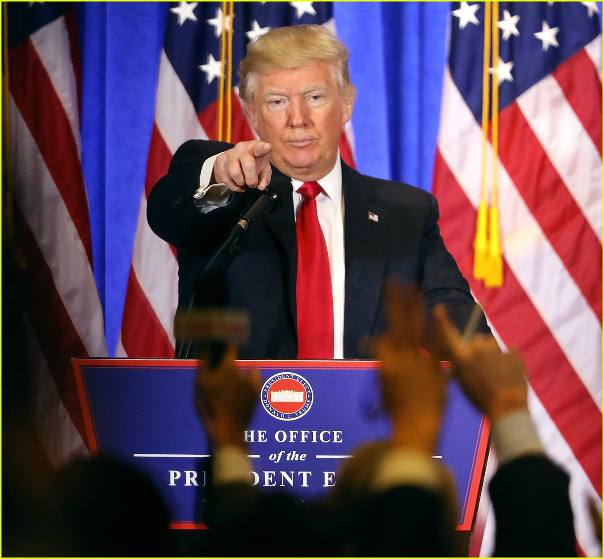 donald trump refuses to call on cnn reporter 093841165