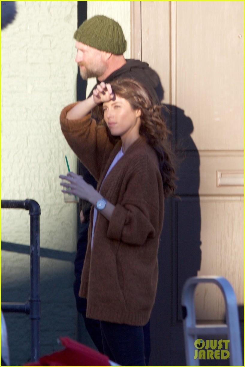 paul wesley kat graham continue filming vampire diaries 033848426