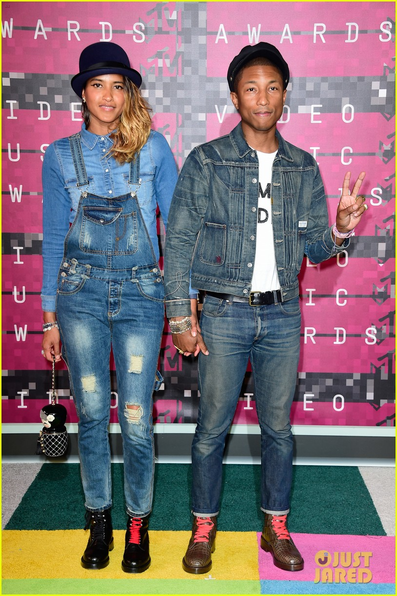 pharrell williams wife welcome triplets 043850563