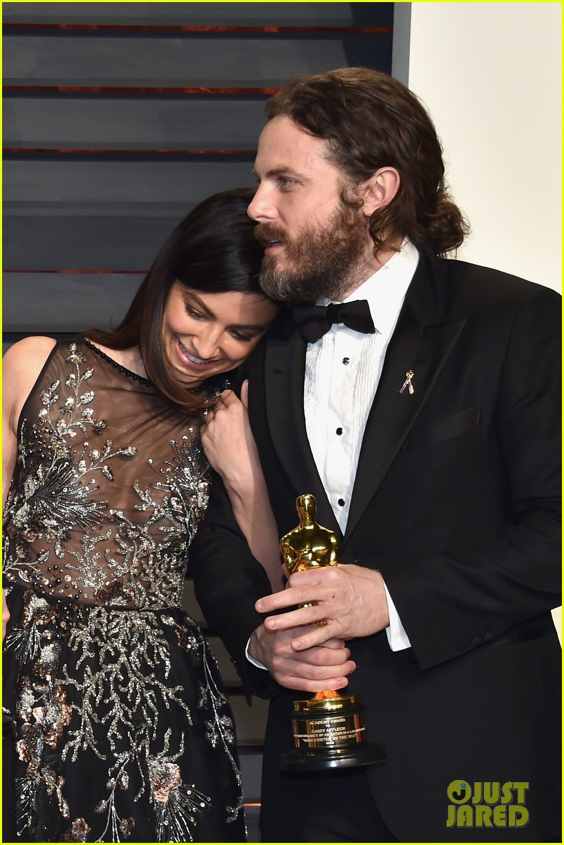 Casey Affleck Amp Girlfriend Floriana Lima Vanity Fair Oscars