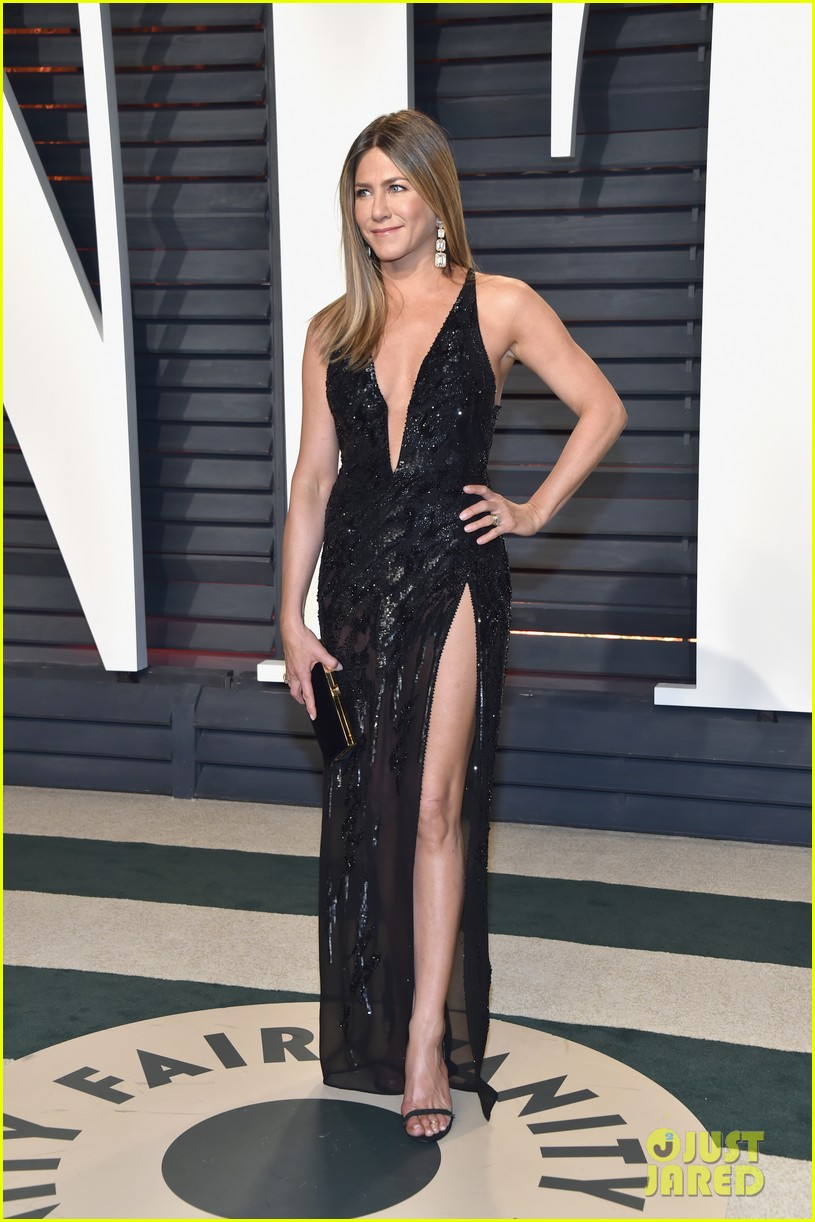 jennifer aniston justin theroux vanity fair oscars 2017 013867201