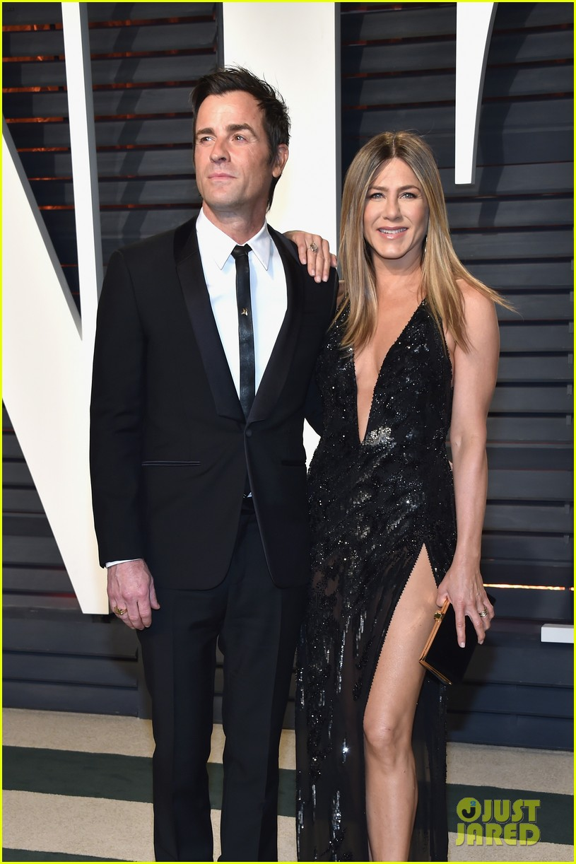 jennifer aniston justin theroux vanity fair oscars 2017 033867203