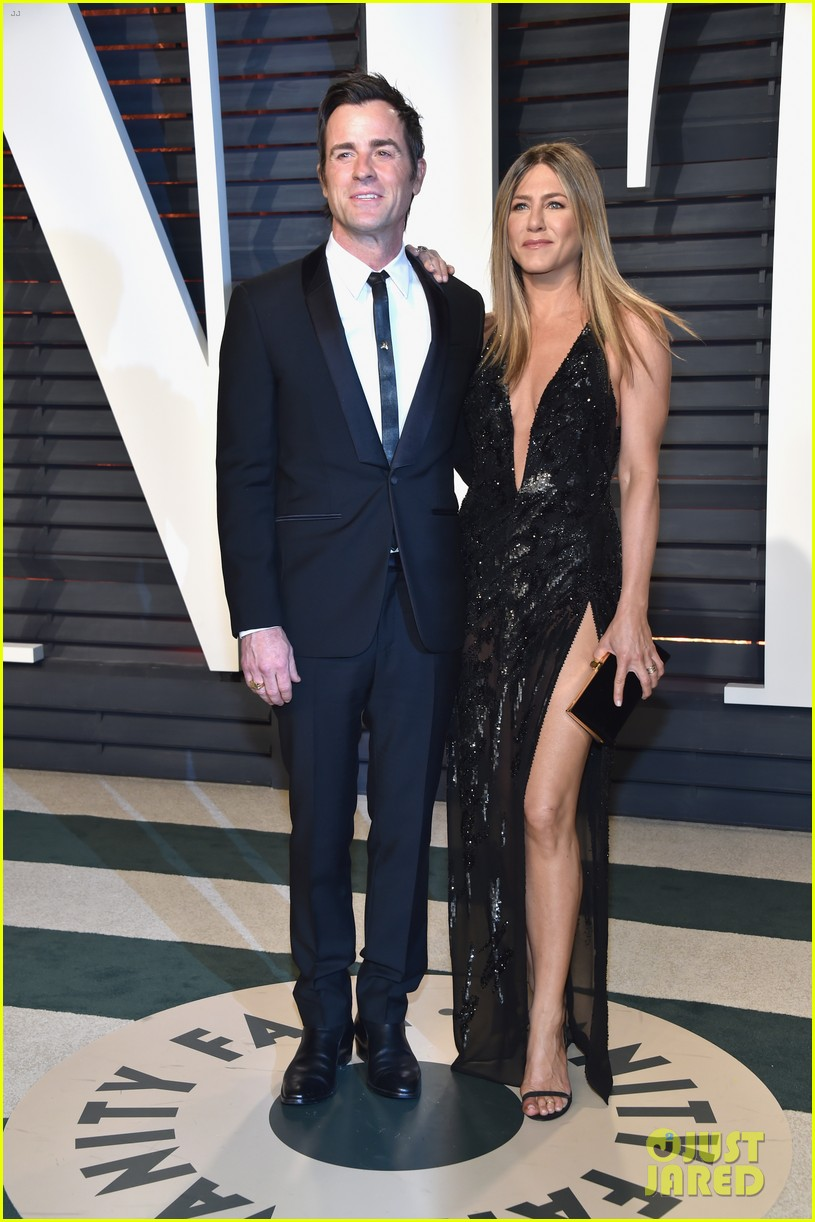 jennifer aniston justin theroux vanity fair oscars 2017 093867209