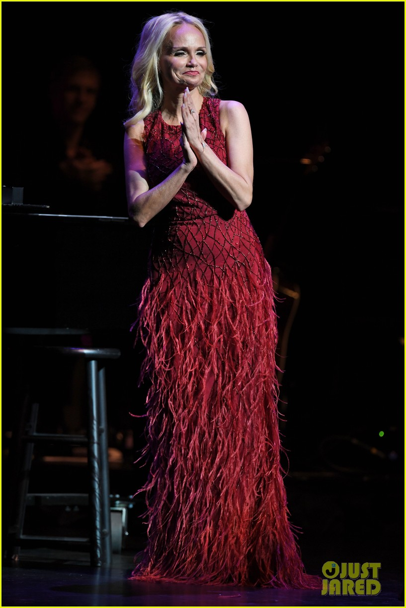 kristin chenoweth hits the stage for intimate valentines day concert 023860676