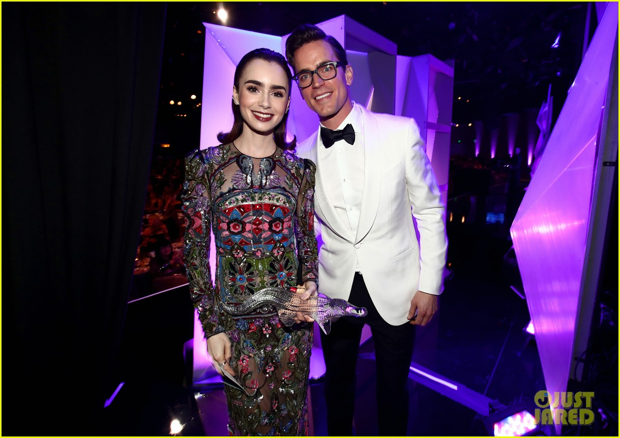 lily collins matt bomer costume designers guild awards 043863591