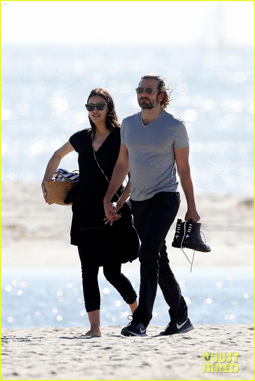 bradley cooper pregnant irina shayk spend a romantic day at the beach 013860246