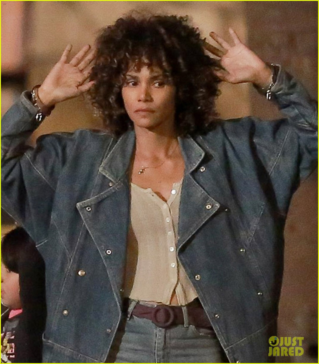 daniel craig halle berry film la riots movie kings 043852356