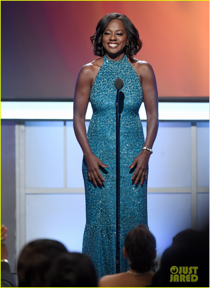 viola davis honored by denzel washington at bet black film festival honors 073862279