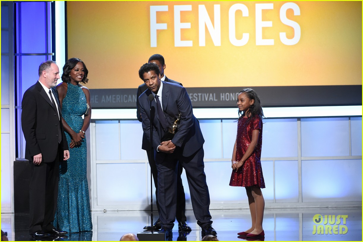 viola davis honored by denzel washington at bet black film festival honors 113862283