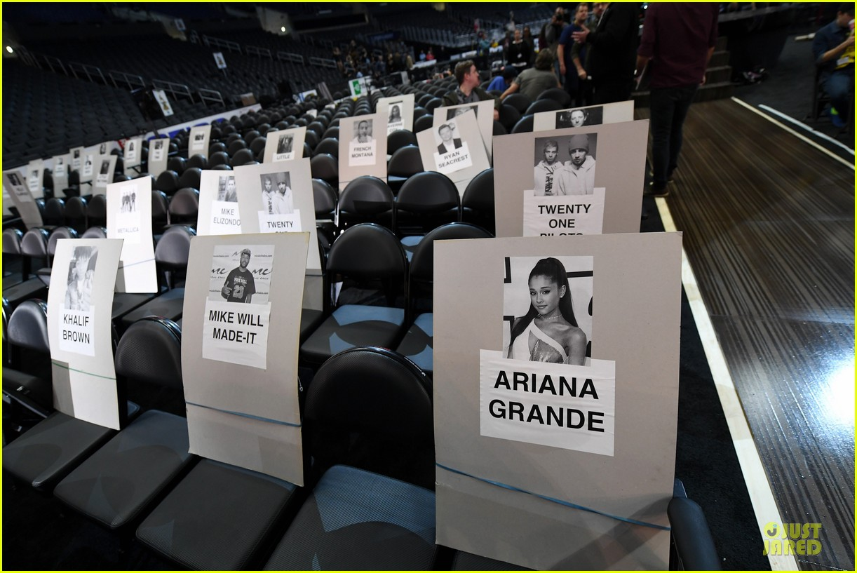 Grammys seating chart 2017 where are the stars sitting photo