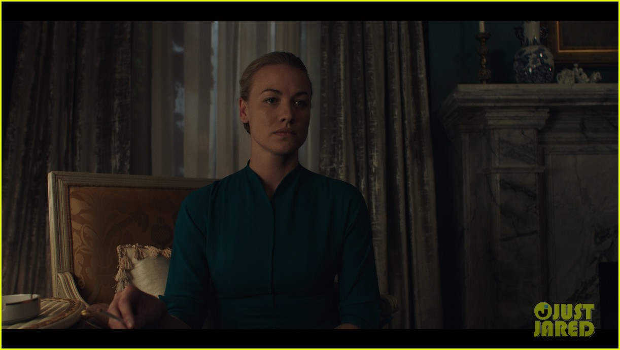 handmaids tale hulu super bowl commercial 043853710