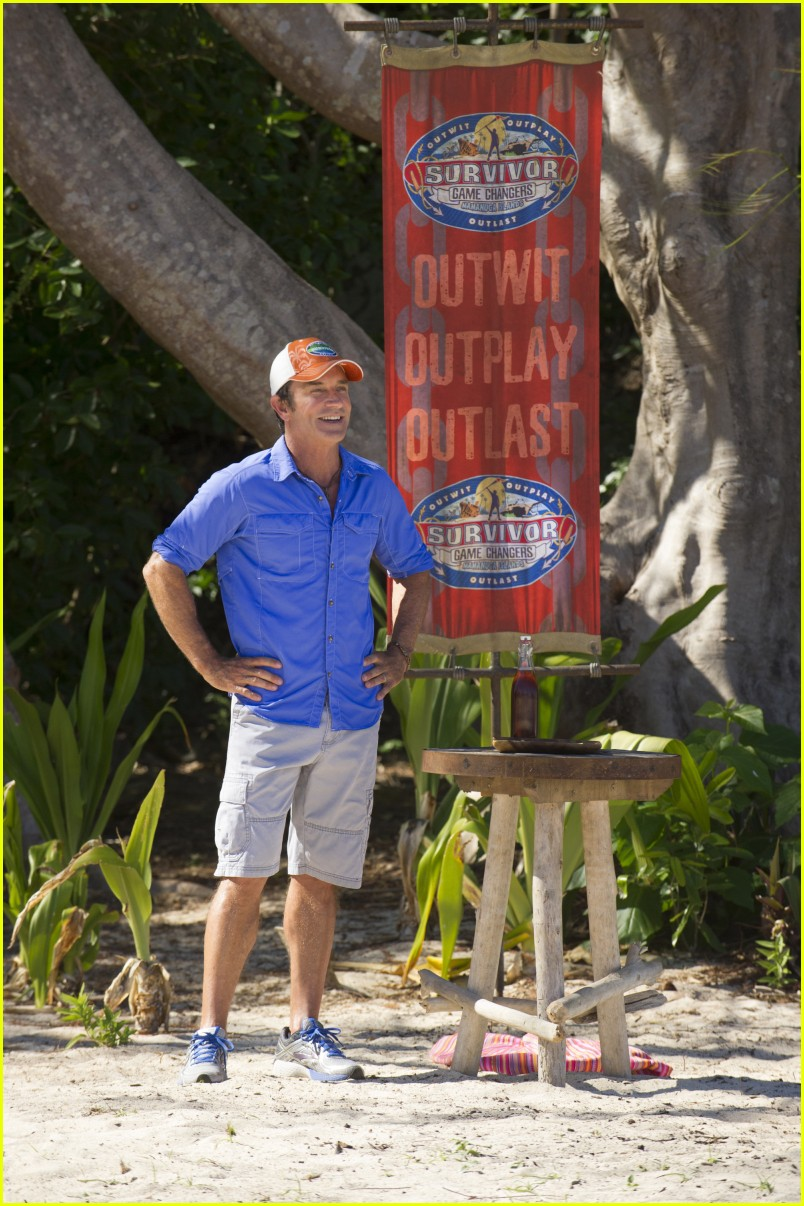 jeff probst survivor game changers 033868063