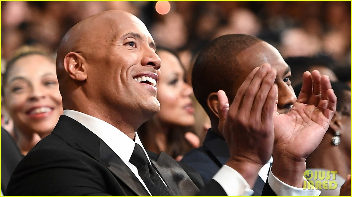 dwayne johnson wins entertainer of the year at naacp image awards 063857592