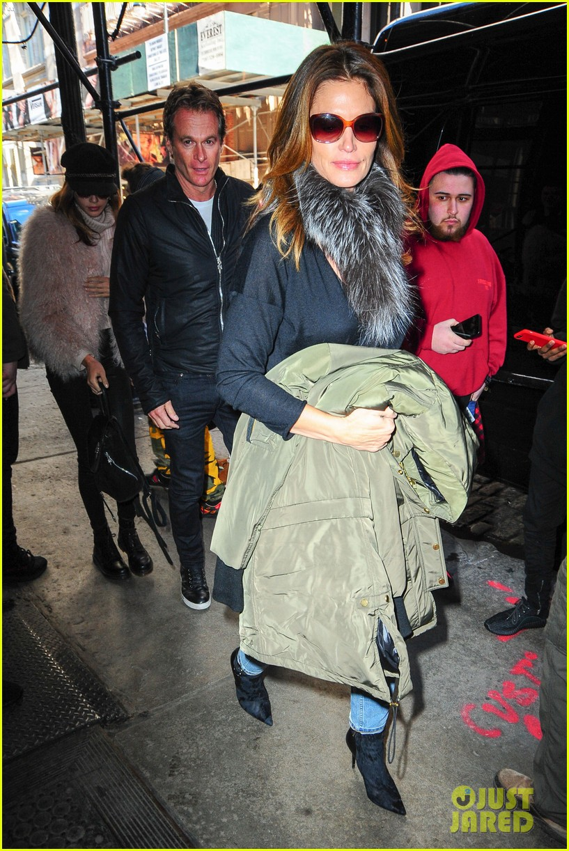 kaia gerber family marc jacobs celebration 053861191