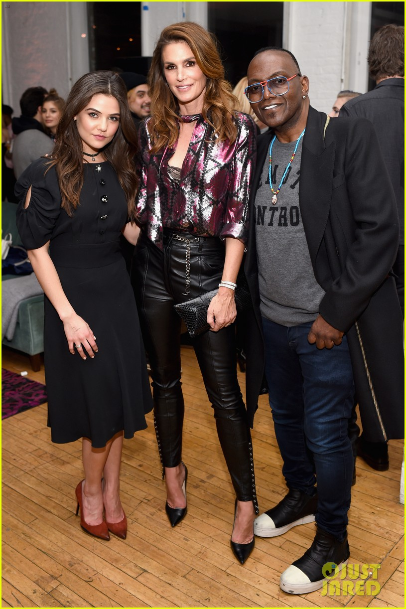 kaia gerber family marc jacobs celebration 253861211